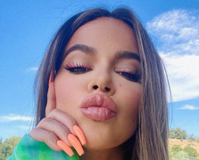 What Is Going on With Khloe Kardashian's Face?, David Beckham Getting Into the Honey Business and More